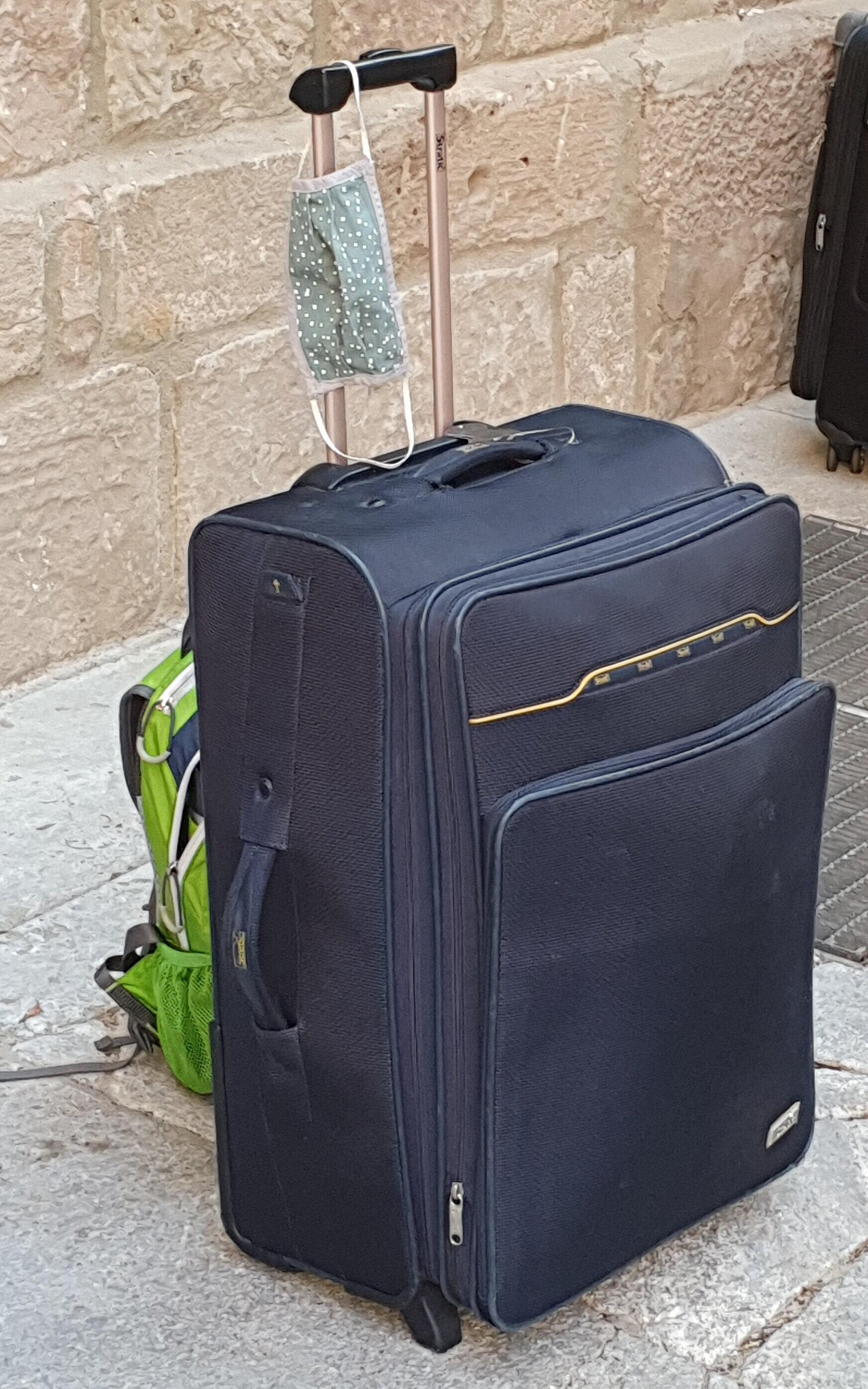 Foto Koffer mit Alltagsmasken. Foto: D.Krok